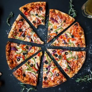 How To Be A Vegetarian & Not Give Up Eating Out With Friends